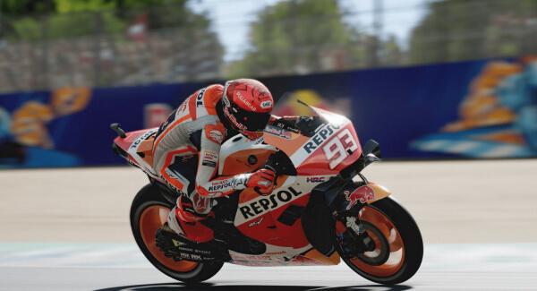 MotoGP 21 - racing