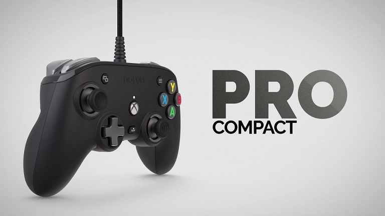 Nacon Pro Compact controller - Black header