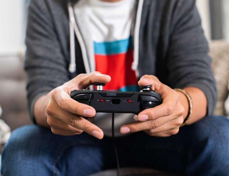 PS4 backwards compatible hjeader