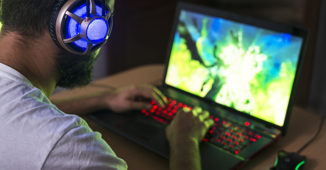 buyer's guide for a gaming laptop